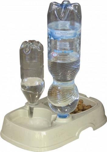 avis sur tota 2 mangeoire et siphon pour l 39 eau pour bouteilles d 39 eau. Black Bedroom Furniture Sets. Home Design Ideas