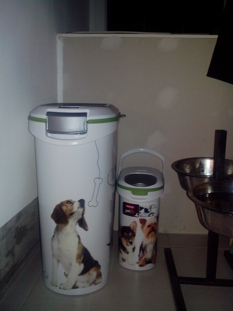 Conteneur croquettes pour chiens 4 12 et 20kg for Container maritime occasion pas cher